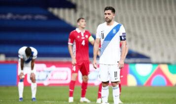 Μπακασέτας για Σιόβα: «Αυτός που αποφασίζει είναι ο προπονητής»