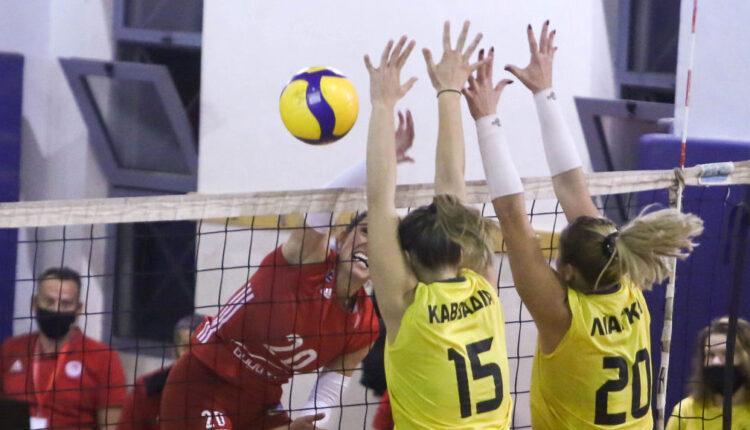 Εικόνες από το ΑΕΚ-Ολυμπιακός