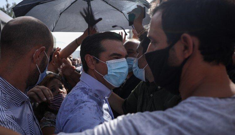 Προπηλακίστηκε ο Αλέξης Τσίπρας (ΦΩΤΟ-VIDEO)