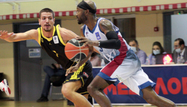 Basket League: Ο Χαρίλαος Τρικούπης έριξε στο καναβάτσο (73-70) με buzzer beater τον Αρη