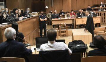 Δίκη Χρυσής Αυγής: Στο δικαστήριο ο Κασιδιάρης - «Μη μου στερήσετε το δικαίωμα που έχουν όλοι οι Έλληνες»
