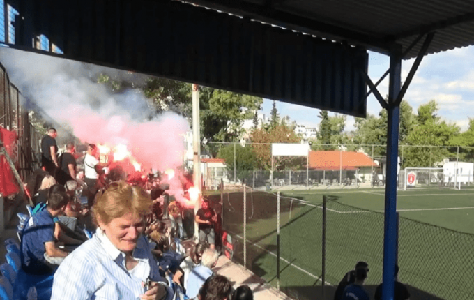 Κορωνοϊός: Ποια μέτρα; 100 άτομα και καπνογόνα σε ματς της ΕΠΣ Αθηνών! (VIDEO)