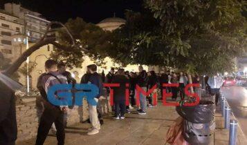 Χαμός στο κέντρο της Θεσσαλονίκης - Εικόνες ακραίου συνωστισμού παρά τα νέα μέτρα (ΦΩΤΟ-VIDEO)