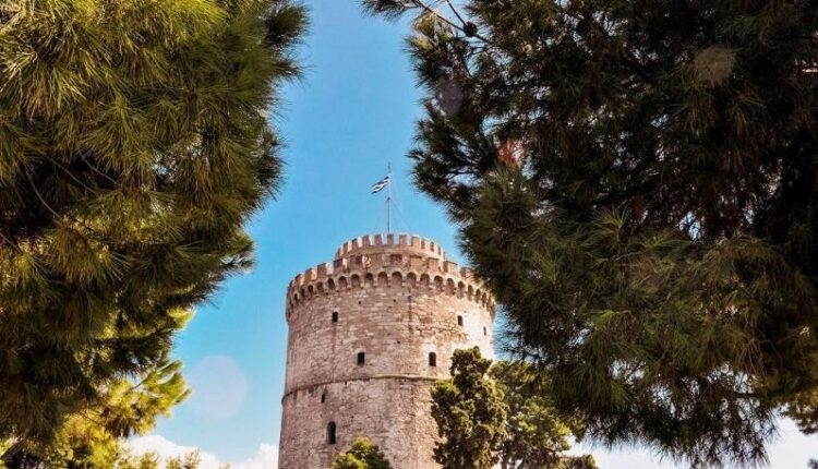Σοκ στη Θεσσαλονίκη: 839 κρούσματα, σχεδόν διπλάσια από την Αττική!