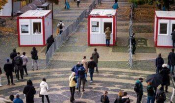 Μας δείχνει το δρόμο: Το πρωτοποριακό πείραμα της Σλοβακίας που ρίχνει 50% τα κρούσματα χωρίς lockdown