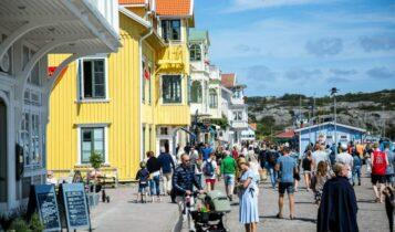 Σουηδία: 10 μήνες μετά το πείραμα της ανοσίας της αγέλης, πάει στο «πείραμα Τσιόδρα»