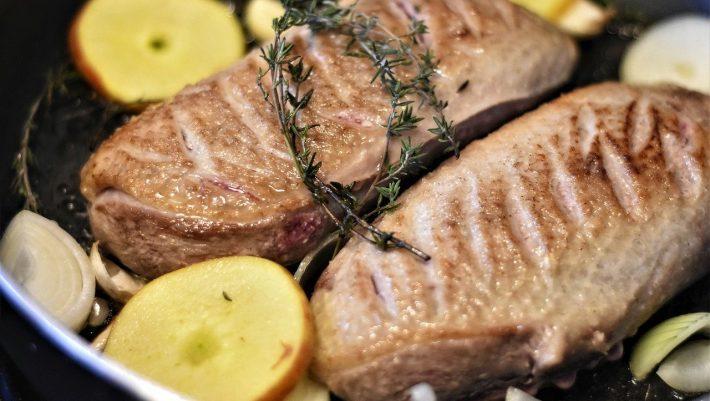 Ερχεται και στην Ελλάδα: Η νέα τάση στο κρέας που κάνει θραύση σε όλο τον κόσμο λόγω κορωνοϊού