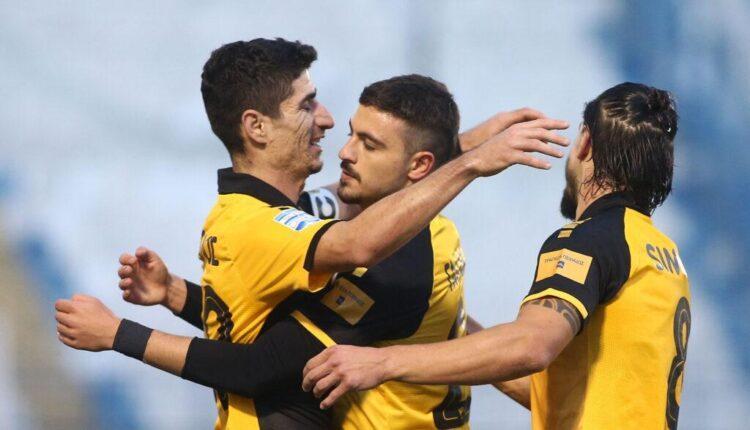 Οι έξυπνοι διαιτητές, οι κερδισμένοι παίκτες και ο Γαλανόπουλος