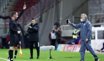 Σε... άλλο γήπεδο ο αστυνομικός διευθυντής Πειραιά: «Λεκτική αντιπαράθεση με Μπόλονι από μικρό αριθμό ατόμων»
