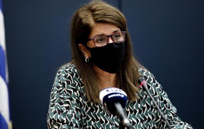 Παπαευαγγέλου: «Πάνω από 25.000 ενεργά κρούσματα στην Ελλάδα»