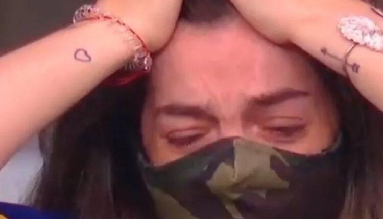Μαραντόνα: Η κόρη του Ντάλμα... καταρρέει στη σουίτα του πατέρα της στο «Μπομπονέρα» (VIDEO)