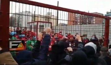 Τορίνο: Οι οπαδοί έκαναν «ντου» στην προπόνηση! (VIDEO)