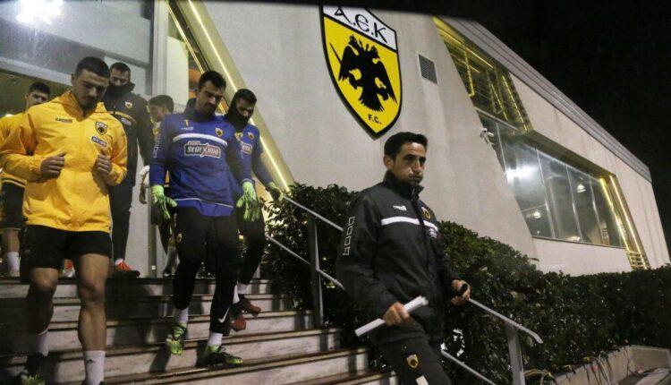 Ο Μανόλο και οι παίκτες του, προς το ντέρμπι που μπορεί να αλλάξει τη μοίρα της ΑΕΚ