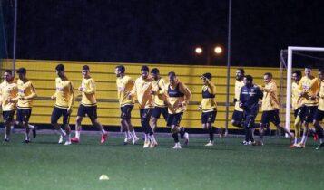 ΑΕΚ: «Ντόπες» Κονέ στους παίκτες ενόψει Ολυμπιακού