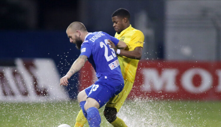 Super League: Η ΑΕΚ παρέμεινε στο -5 από τον Αρη