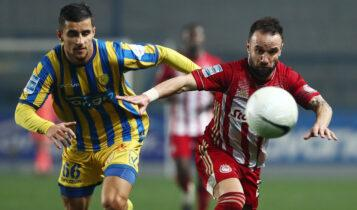Super League: «Διπλό» του Ολυμπιακού στο Αγρίνιο, 2-1 τον Παναιτωλικό
