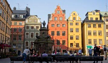 Σουηδία: Ο κορωνοϊός την ανάγκασε να ψηφίσει τον νόμο που «σκότωσε» τα πιστεύω της