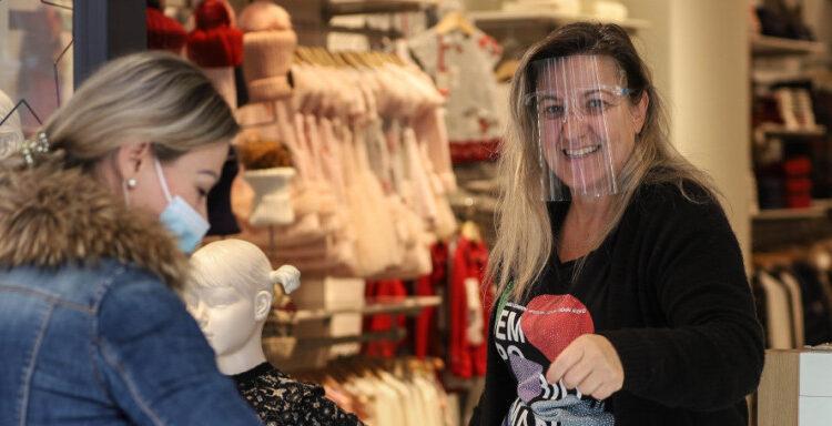 Λιανεμπόριο: Ποια μαγαζιά ανοίγουν τη Δευτέρα -Ολα τα μέτρα και οι περιορισμοί