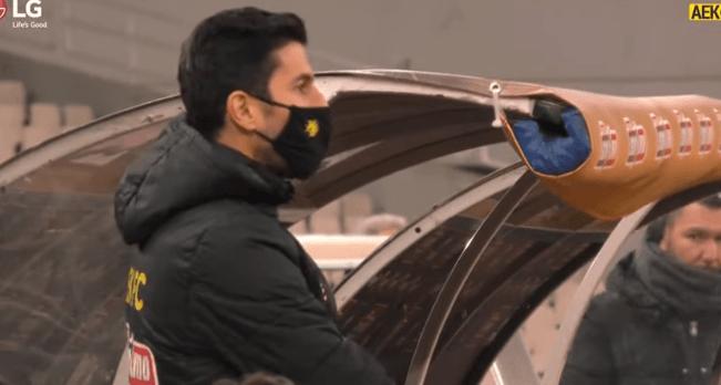 Τρελαμένος ο Κονέ στον πάγκο της ΑΕΚ -Η παρακάμερα με Ατρόμητο (VIDEO)