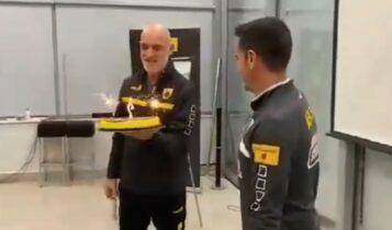 Η τούρτα της ΑΕΚ για Χιμένεθ: «Η δεύτερη οικογένεια μου βρίσκεται εδώ, μαζί σας» (ΦΩΤΟ-VIDEO)