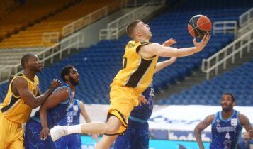 Ρογκαβόπουλος: «Αφιερώνουμε τη νίκη στον Γκίκα»