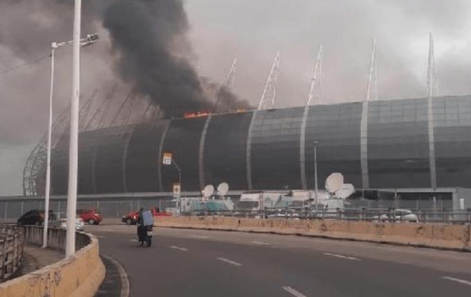 Βραζιλία: Φωτιά σε γήπεδο στολίδι του Μουντιάλ! (ΦΩΤΟ-VIDEO)