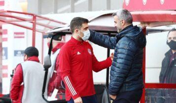 Ο Παπασταθόπουλος χαιρέτισε τον μέντορα του στην ΑΕΚ Τραϊανό Δέλλα (ΦΩΤΟ)