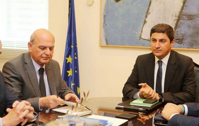 «Ο Αυγενάκης αποφεύγει τη συνάντηση με FIFA/UEFA»