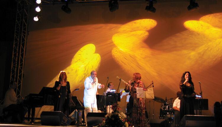 Ο Σπύρος Τζόκας αποχαιρετά τον τεράστιο Ενωσίτη, Αντώνη Καλογιάννη