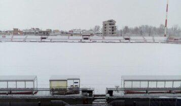 Λάρισα-ΑΕΚ: Στα 13 εκ. φτάνει το χιόνι στο Αλκαζάρ -Ολα ανοικτά για το ματς! (ΦΩΤΟ)