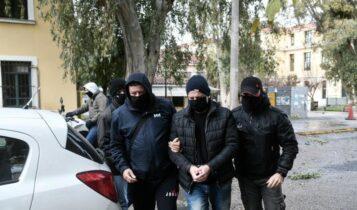 Λιγνάδης: Το χρονικό μιας σύλληψης μέσα από σοκαριστικές καταγγελίες ανθρώπων (VIDEO)