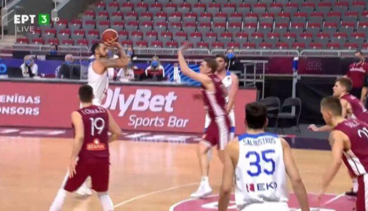 Λετονία-Ελλάδα: Το τρίποντο του Χρυσικόπουλου που έστειλε το ματς στην παράταση (VIDEO)