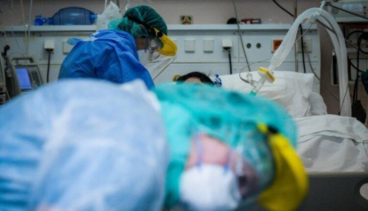 Κορωνοϊός: 880 νέα κρούσματα, 346 οι διασωληνωμένοι και 24 θάνατοι
