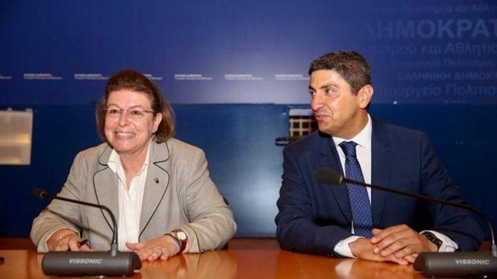 Και όμως: Ο Αυγενάκης στηρίζει την Μενδώνη για την υπόθεση Λιγνάδη!