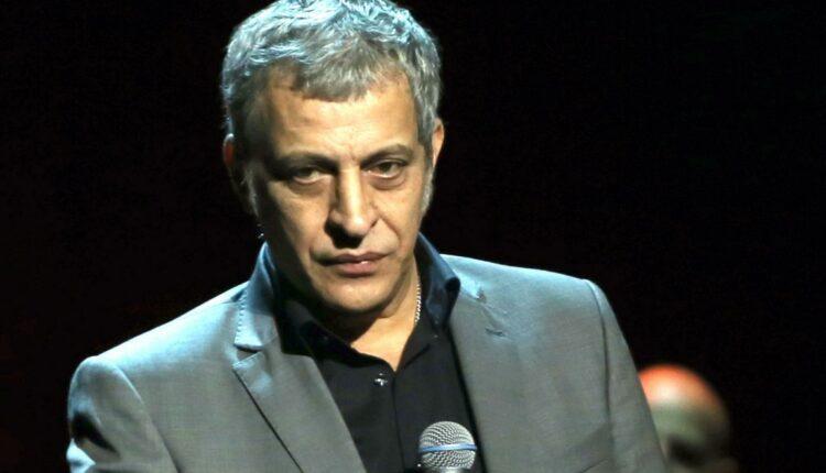 Συνελήφθη ο Θέμης Αδαμαντίδης σε παράνομη χαρτοπαικτική λέσχη στην Κυψέλη