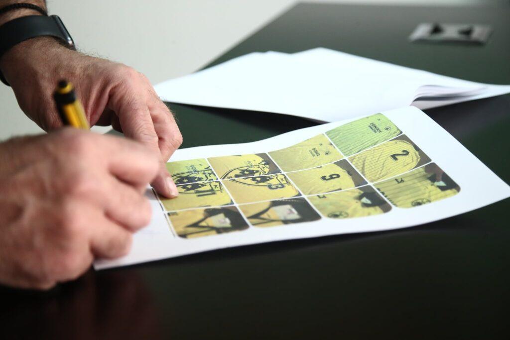 Τρομερή δωρεά για το Μουσείο της ΑΕΚ από τον ΑΕΚτζή Μάνο Τζανακάκη με σπάνιες φανέλες! (ΦΩΤΟ)