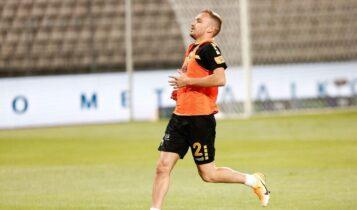 ΑΕΚ: Ο Μπακάκης θα προπονηθεί, αλλά δεν παίζει την Κυριακή στο Βόλο