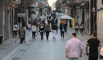 Κορωνοϊός στην Ελλάδα: 2.512 νέα κρούσματα και 52 θάνατοι - 545 διασωληνωμένοι