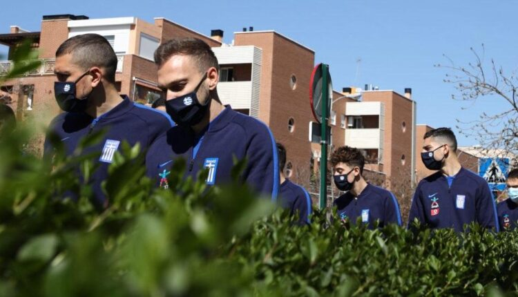 Εικόνες από την βόλτα των διεθνών της Εθνικής πριν το ματς με τους Ισπανούς