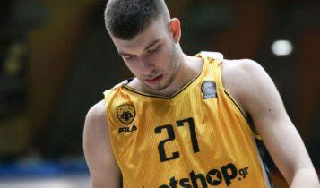 «Βόμβα» στην ΑΕΚ: Εκτός ομάδας ο Ρογκαβόπουλος!