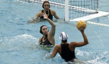 AEK: Εύκολη ήττα με 18-5 από τον Ολυμπιακό τα κορίτσια του πόλο