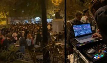 «Βούλιαξαν» οι πλατείες από τα πάρτι χθες βράδυ -Πάνω από 1.000 άτομα στην Κυψέλη ξανά