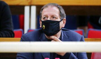 Ο Αγγελόπουλος έδωσε άμεσα έγκριση για το χάντμπολ της ΑΕΚ - Το ρίσκο για τη «Βασίλισσα»