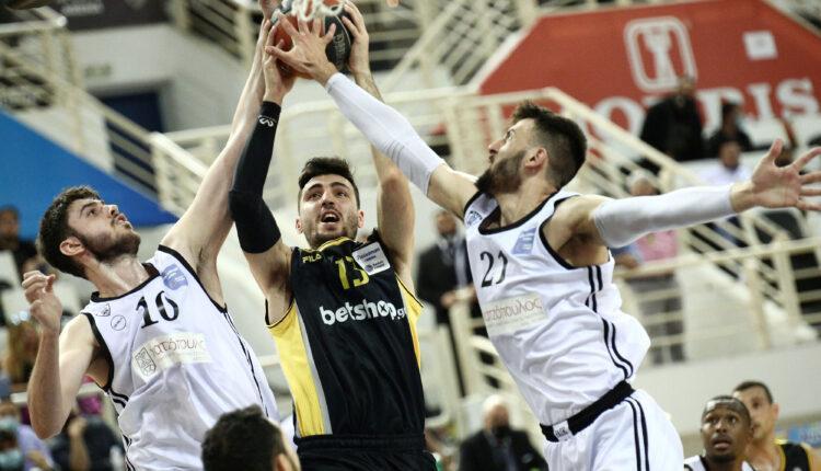 Μία... απογοήτευση η ΑΕΚ, έκανε δώρο το ματς στον ΠΑΟΚ (81-73) και πάει σε 3ο τελικό!