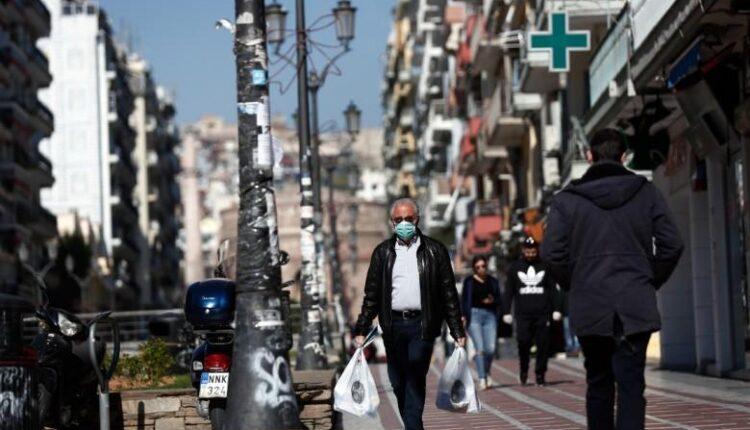 Κορωνοϊός: Ειδικοί απαισιοδοξούν για την άρση των μέτρων