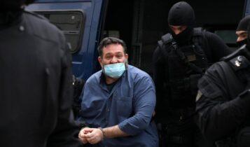 Στην Αθήνα ο Γιάννης Λαγός: Από τον Εισαγγελέα στις φυλακές Δομοκού (VIDEO)