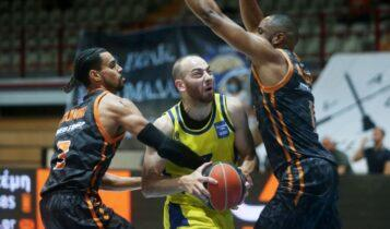 Basket League: Στους τελικούς το Λαύριο, απέναντι στον Προμηθέα η ΑΕΚ στους μικρούς τελικούς (VIDEO)