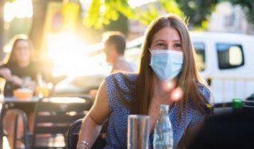 Κορωνοϊός: Πότε σταματάμε να φοράμε μάσκες