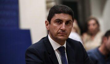 Όλη η Ελλάδα έκραξε Αυγενάκη και αναγκάστηκε να συγχαρεί την ΑΕΚ!