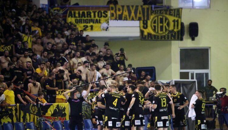 Original 21 για Αυγενάκη: «Ντροπή και προσβολή η απουσία σου από τον ευρωπαϊκό τελικό της ΑΕΚ!»